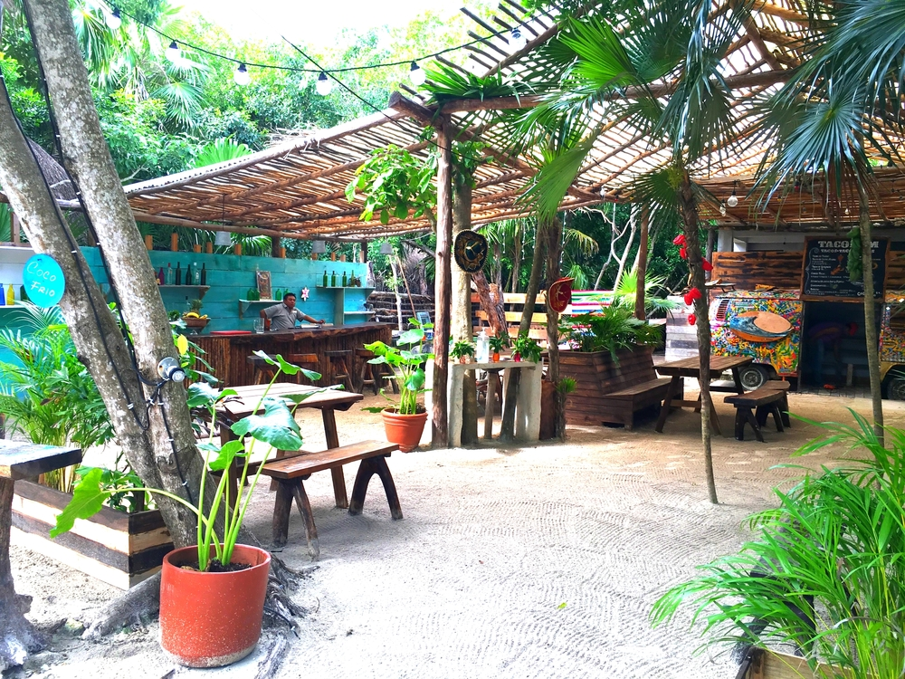 Taco bar, owned by Amansala on the jungle side