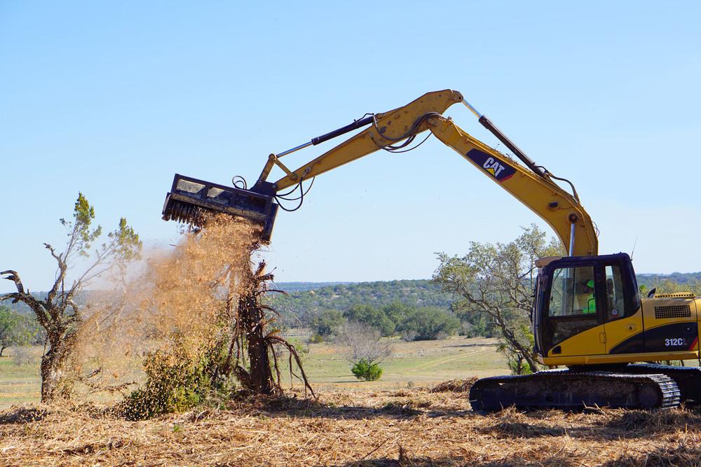 NEW!!Escavator Kleen site.jpg