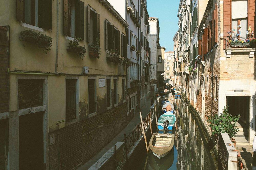 Photographer_Venice_Italy.jpg