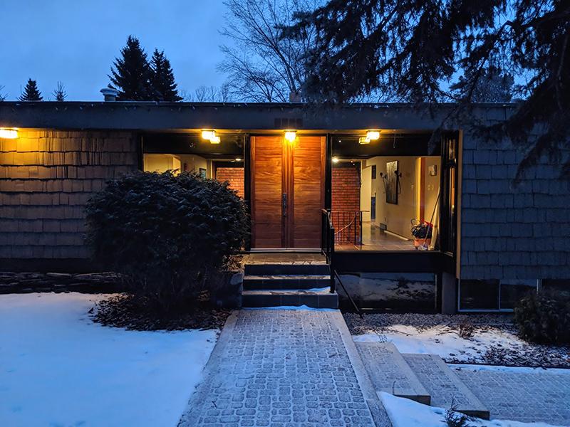 Sharp Door 06.jpg