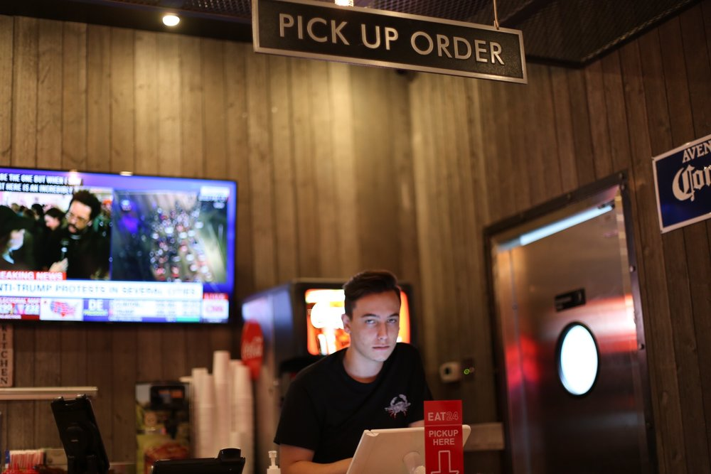Pick Up Order Station