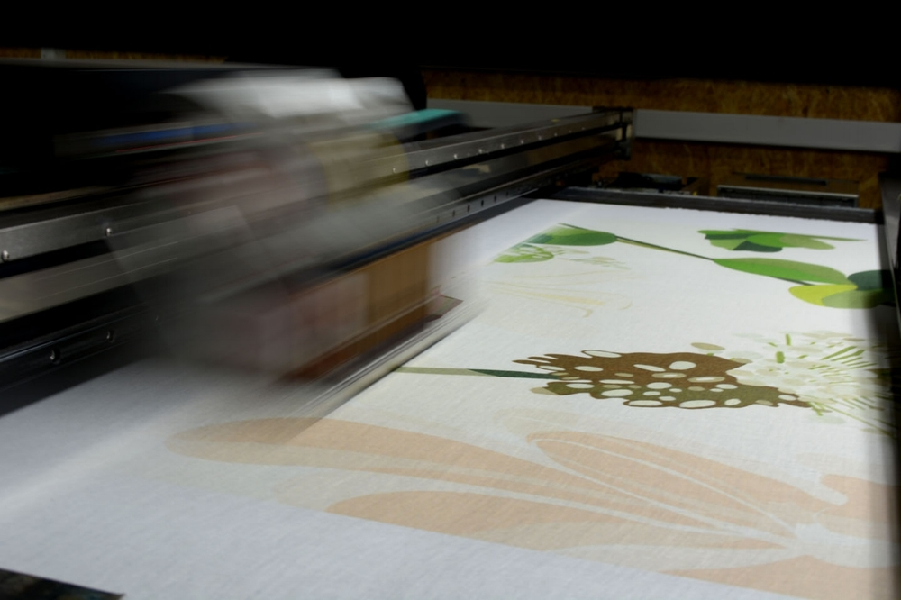 The fabrics (mostly cotton and linen) where printed with pigments on a DuPont Artistri 2020 digital printer.