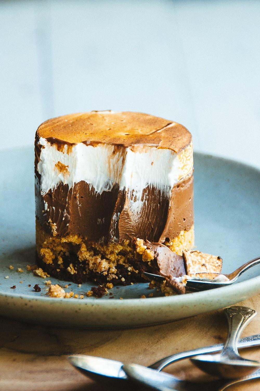 Vanilla Custard Creme Brulee Cake