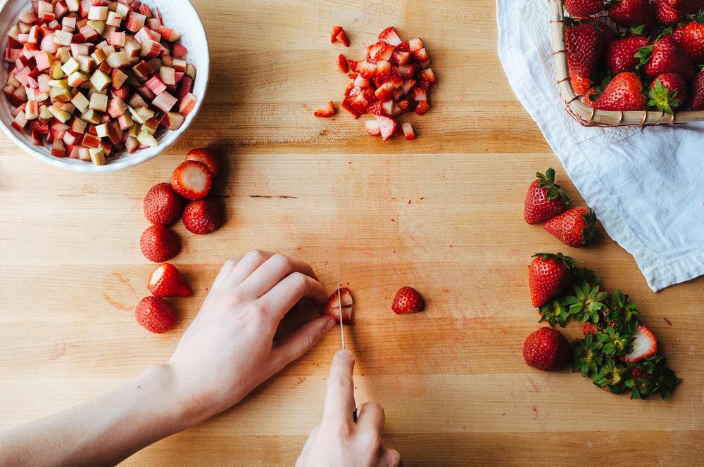 rhubarb strawberry doughnuts 8.jpg