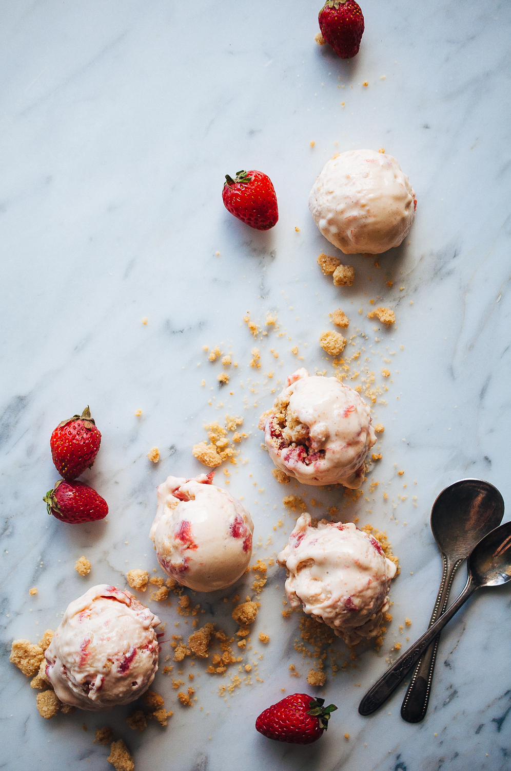 Strawberry Rhubarb Streusel Ice Cream 14.jpg