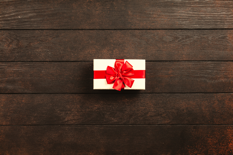little red gift, gift box, wrapped gift
