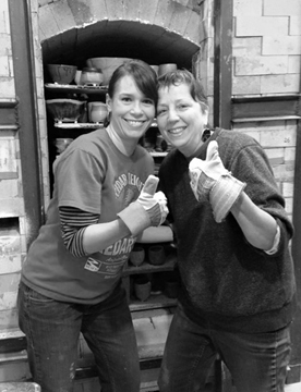 Amanda Syler and Roberta unload the soda kiln at Lillstreet, Chicago, IL • 2014