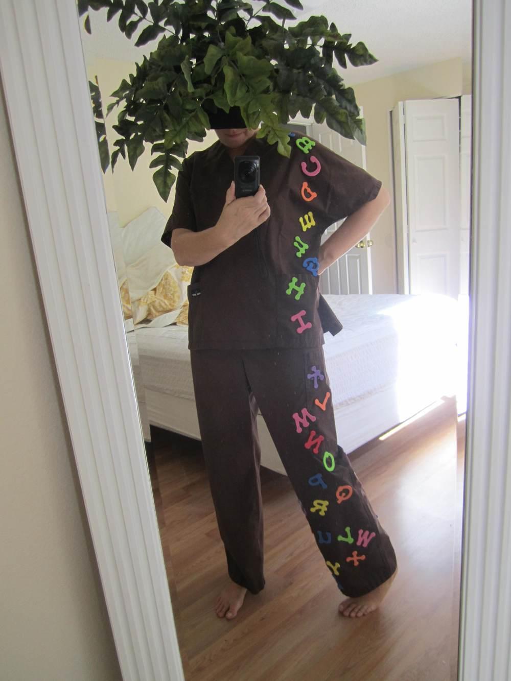 To make this costume hot glue bathtub alphabet letters onto some brown scrubs. Then attach some fake ferns to a hat or headband. Ta Dah! & 21 Costume Ideas for Teachers u2014 Kindergarten Kiosk