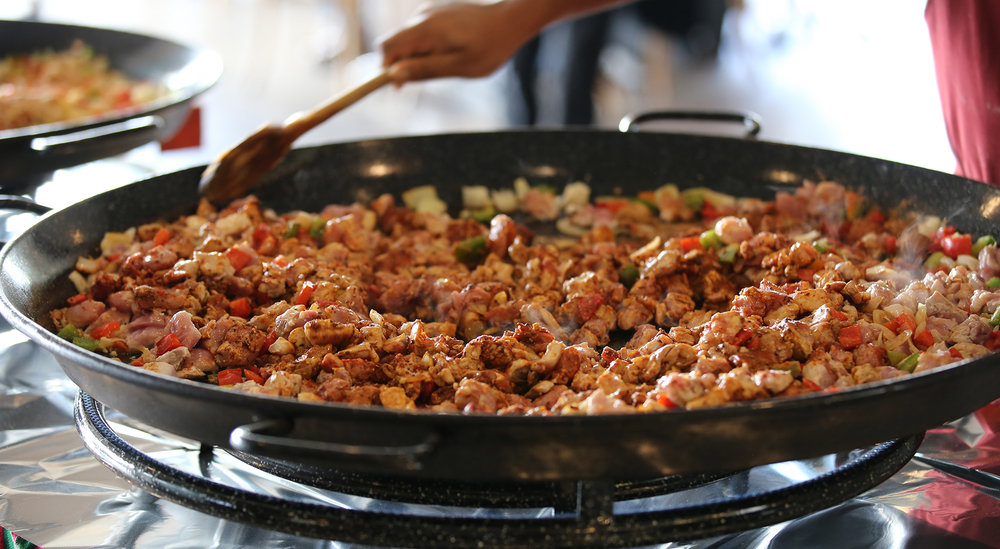 paella-preparation2.jpg
