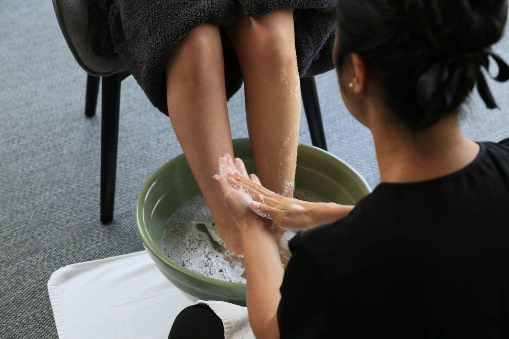 Grounding Foot Bath