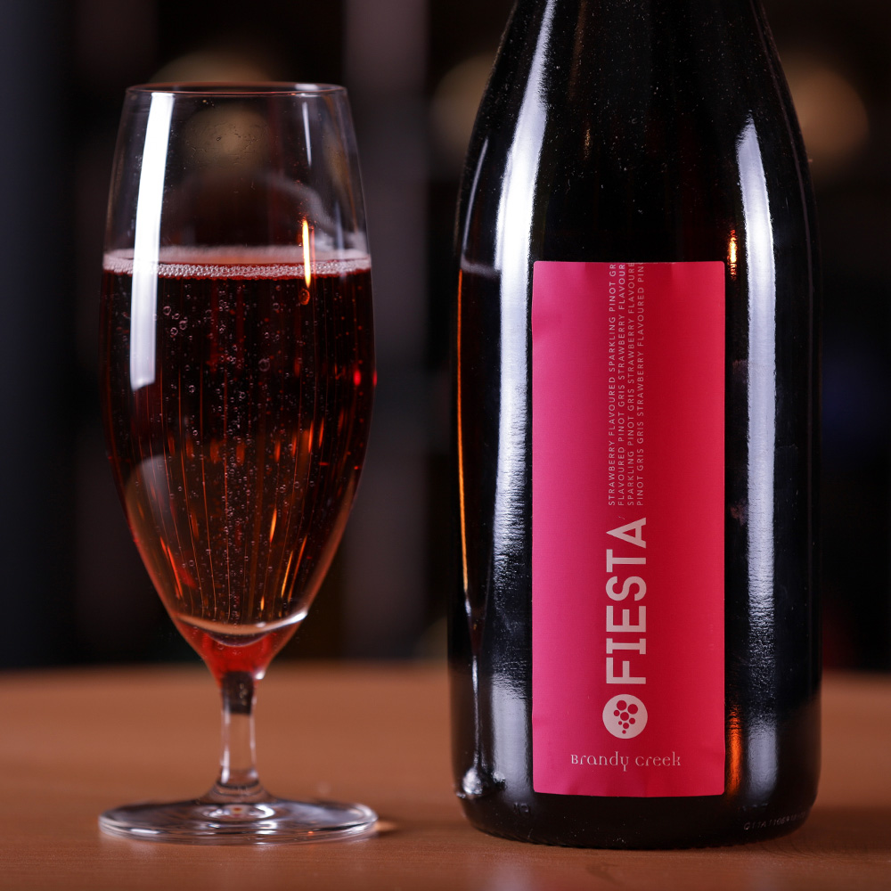 Fiesta - This sparkling is seriously for fun loving wine drinkersRose petal pink with apricot hue in your glass, obviously with strawberries and rose water aromas dominated with apricot, tangerine peel. Freshness, crisp acidity and sweetness will be dancing in your palate with every sip.
