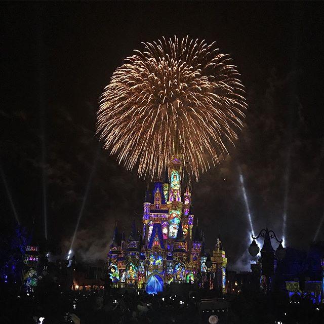 Obligatory Disney Castle pic #nofilter #disneyworld #disneycastle #cinderellascastle