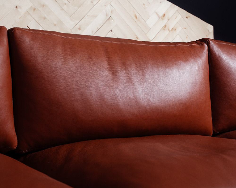 classic-sofa-steel-3.jpg