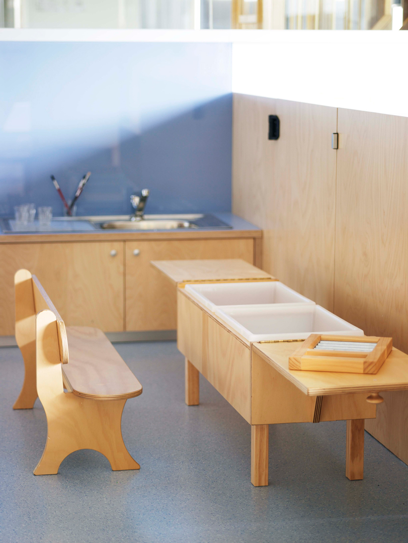 Montessori-Schools-Furniture-by-Koskela-009-(2)-small-res.jpg
