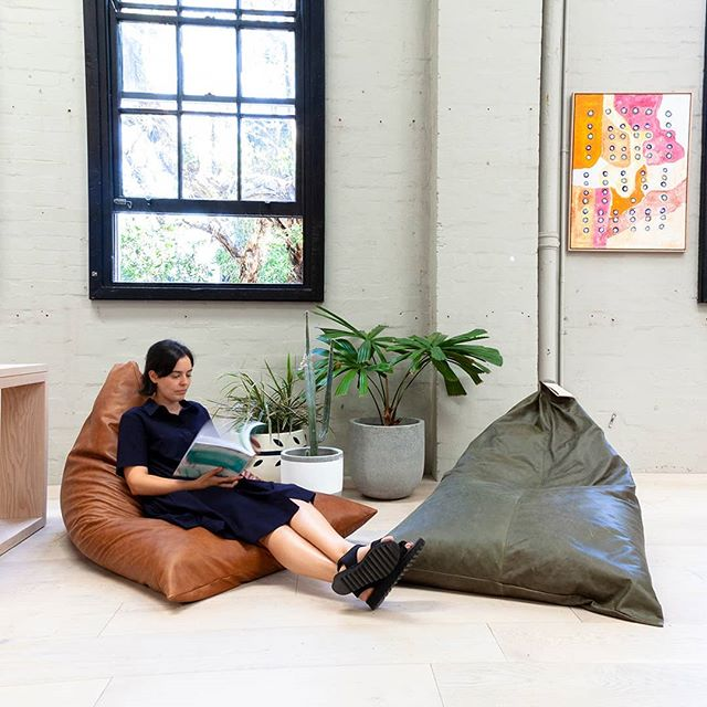Our beautifully soft leather beanbags now come in two colours: olive and dark brown. This luxurious natural material takes the humble beanbag to amazing new heights. It's as flexible and comfortable as ever, but also sophisticated and tactile with the leather only getting better with age. Plop yourself on one and you might never be able to get up! Tap to shop. k o s k e l a  1/85 Dunning Ave, Rosebery  02 9280 0999 | info@koskela.com.au  www.koskela.com.au #australianmade #australiandesign #beanbag #leatherbeanbag #leather #natural #interiordesign #interiorstyling #flexible #handmade