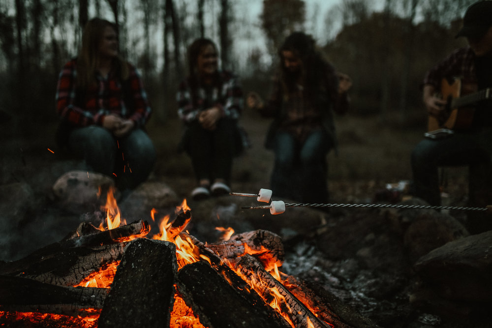 Campfire_ReaganLynnPhotography-16.jpg