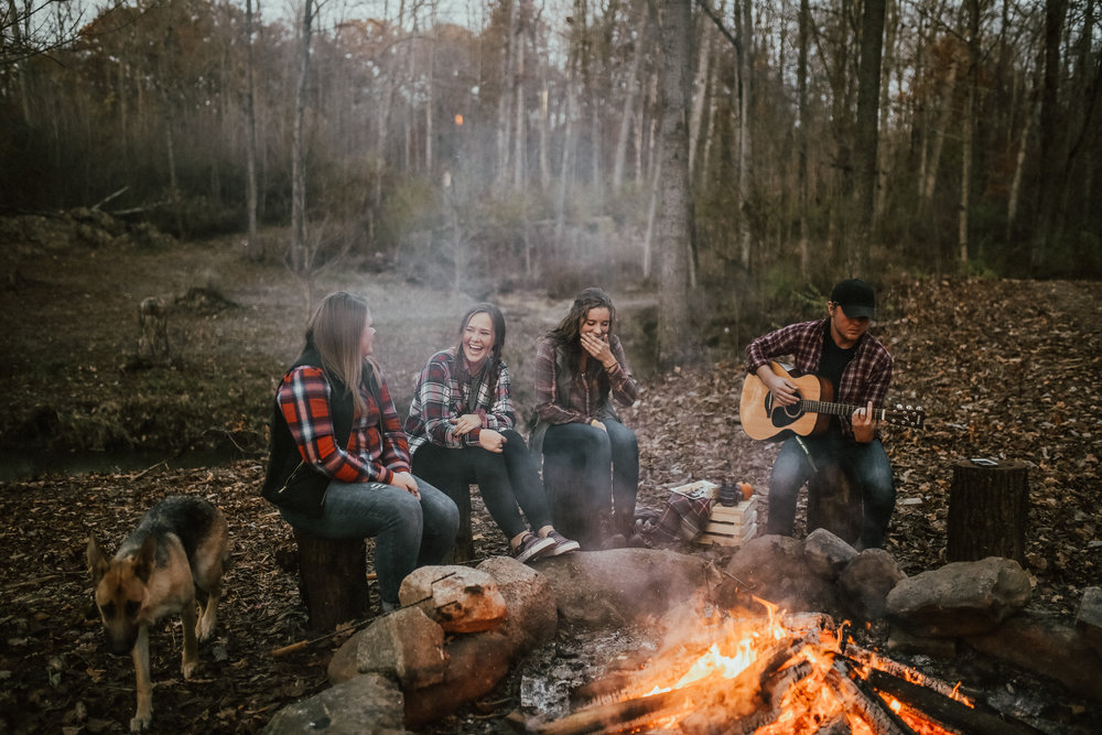 Campfire_ReaganLynnPhotography-17.jpg