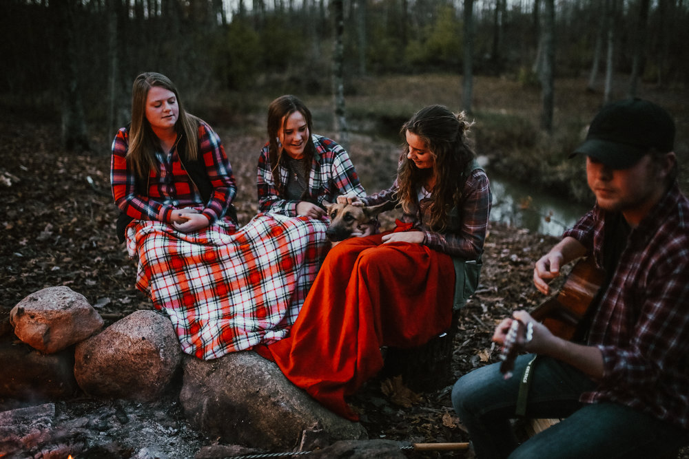 Campfire_ReaganLynnPhotography-19.jpg