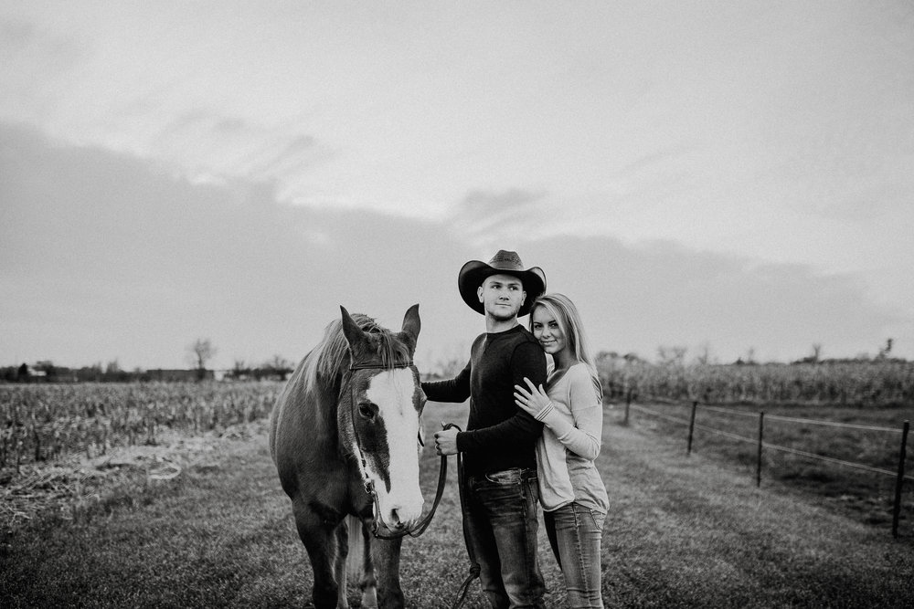 Ellie+Matt_ReaganLynnPhotography-37.jpg