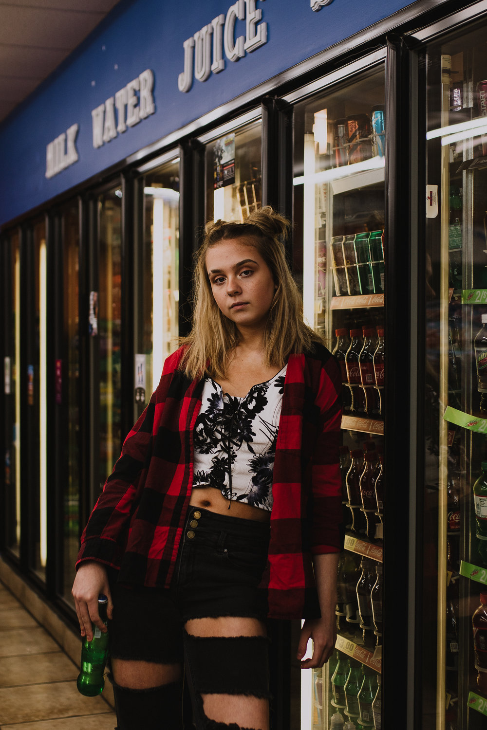 RUTHIE-GASSTATION-MUNCIE-INDIANA-REAGANLYNNPHOTOGRAPHY-3.1.18-20.jpg