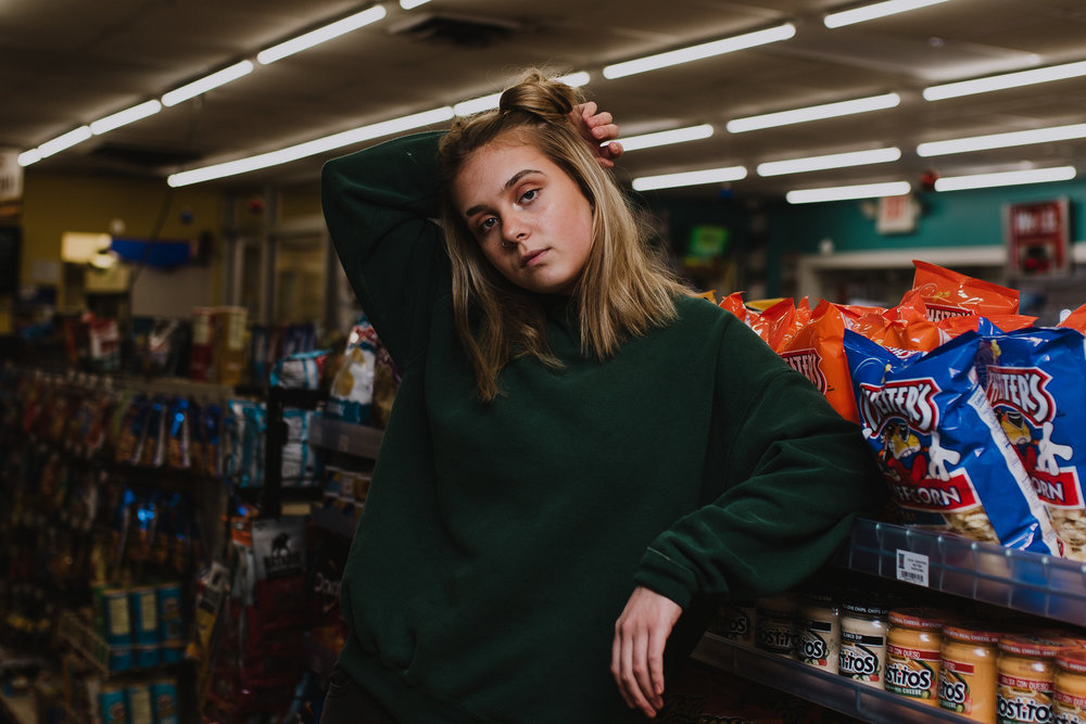 RUTHIE-GASSTATION-MUNCIE-INDIANA-REAGANLYNNPHOTOGRAPHY-3.1.18-26.jpg