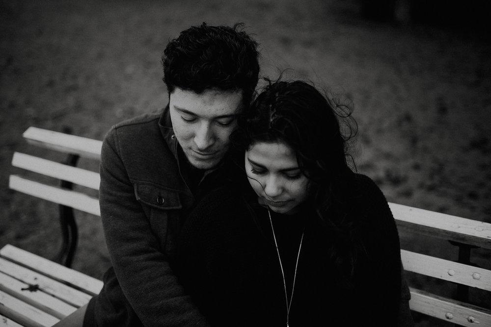 STEPH+DAN-COUPLE-REAGANLYNNPHOTOGRAPHY-PRAIRIECREEKRESERVOIR-MUNCIE-INDIANA-11.jpg