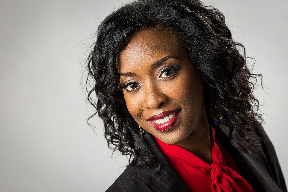 Headshot of Founder & CEO of KSimon Photography | Atlanta + Dallas Lifestyle, Fashion & Business Portrait Studio and Outdoor Photographer | ksimonphotography.com | © KSimon Photography, LLC