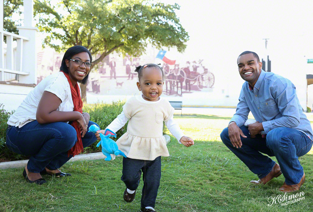 Lifestyle Family Portrait | Atlanta + Dallas Lifestyle, Fashion, & Business Portrait Studio and Outdoor Photographer | ksimonphotography.com | © KSimon Photography, LLC