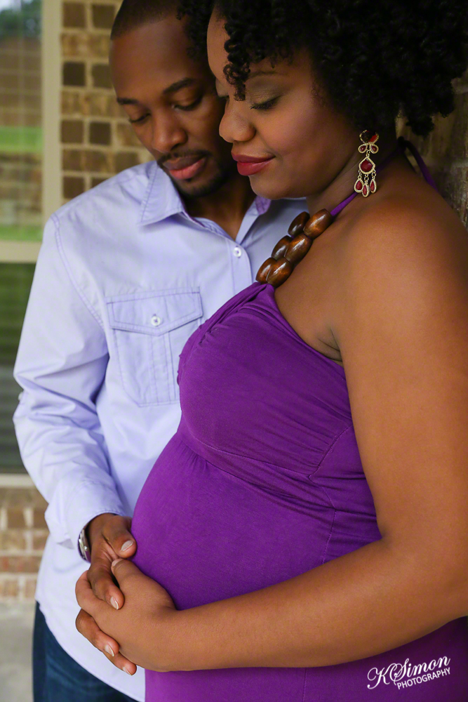 Lifestyle Maternity Portrait | Atlanta + Dallas Lifestyle, Fashion, & Business Portrait Studio and Outdoor Photographer | ksimonphotography.com | © KSimon Photography, LLC