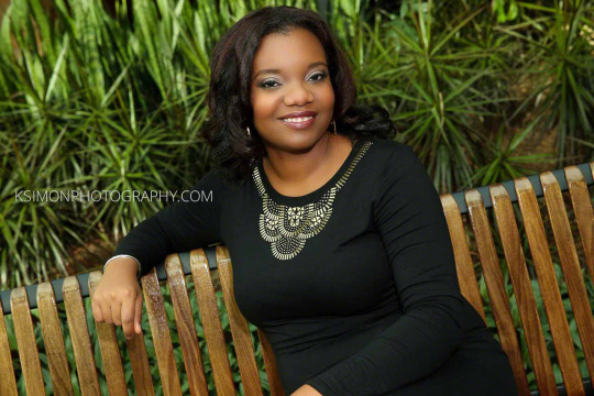 Headshot of Beautiful Woman | Atlanta + Dallas Lifestyle, Fashion & Business Portrait Studio and Outdoor Photographer | ksimonphotography.com | © KSimon Photography, LLC
