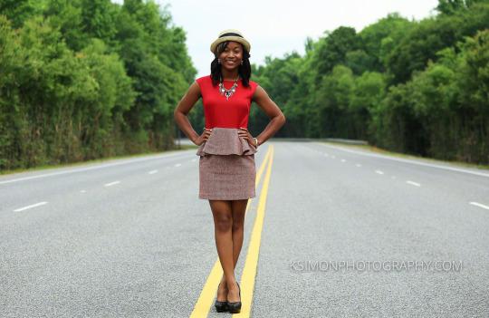 Lifestyle Senior Portrait of Beautiful Young Lady | Atlanta + Dallas Lifestyle, Fashion & Business Portrait Studio and Outdoor Photographer | ksimonphotography.com | © KSimon Photography, LLC