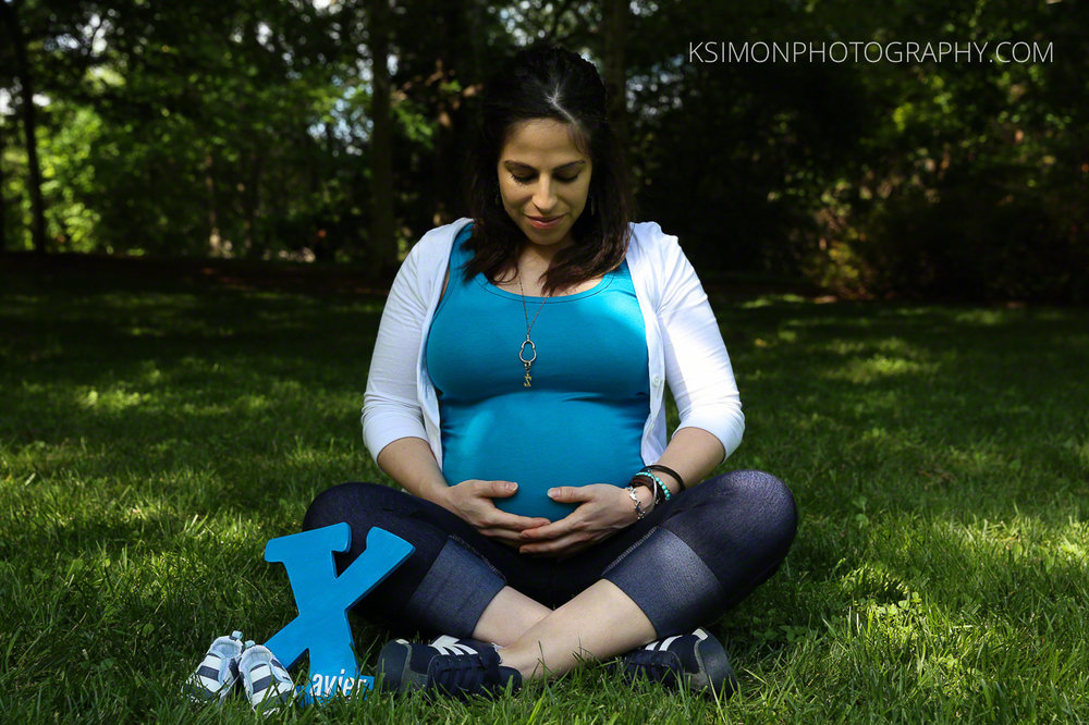 Lifestyle Maternity Portrait | Dallas Fashion & Lifestyle Portrait Studio and Outdoor Photographer | ksimonphotography.com | © KSimon Photography, LLC