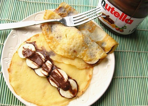 Brunch-Date-crepe-with-nutella