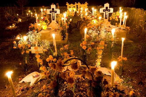 Dia-de-los-Muertos-Cemetery