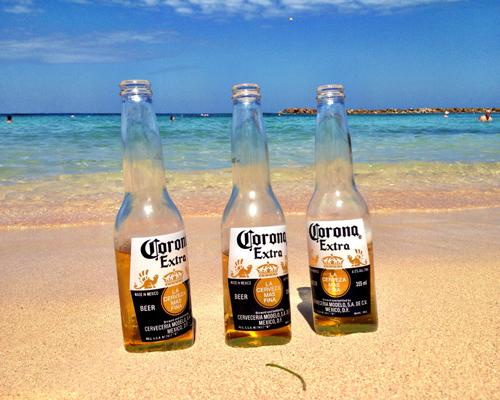 ceja-vineyards-wine-club-cruise-dalia-ceja-corona-cerveza