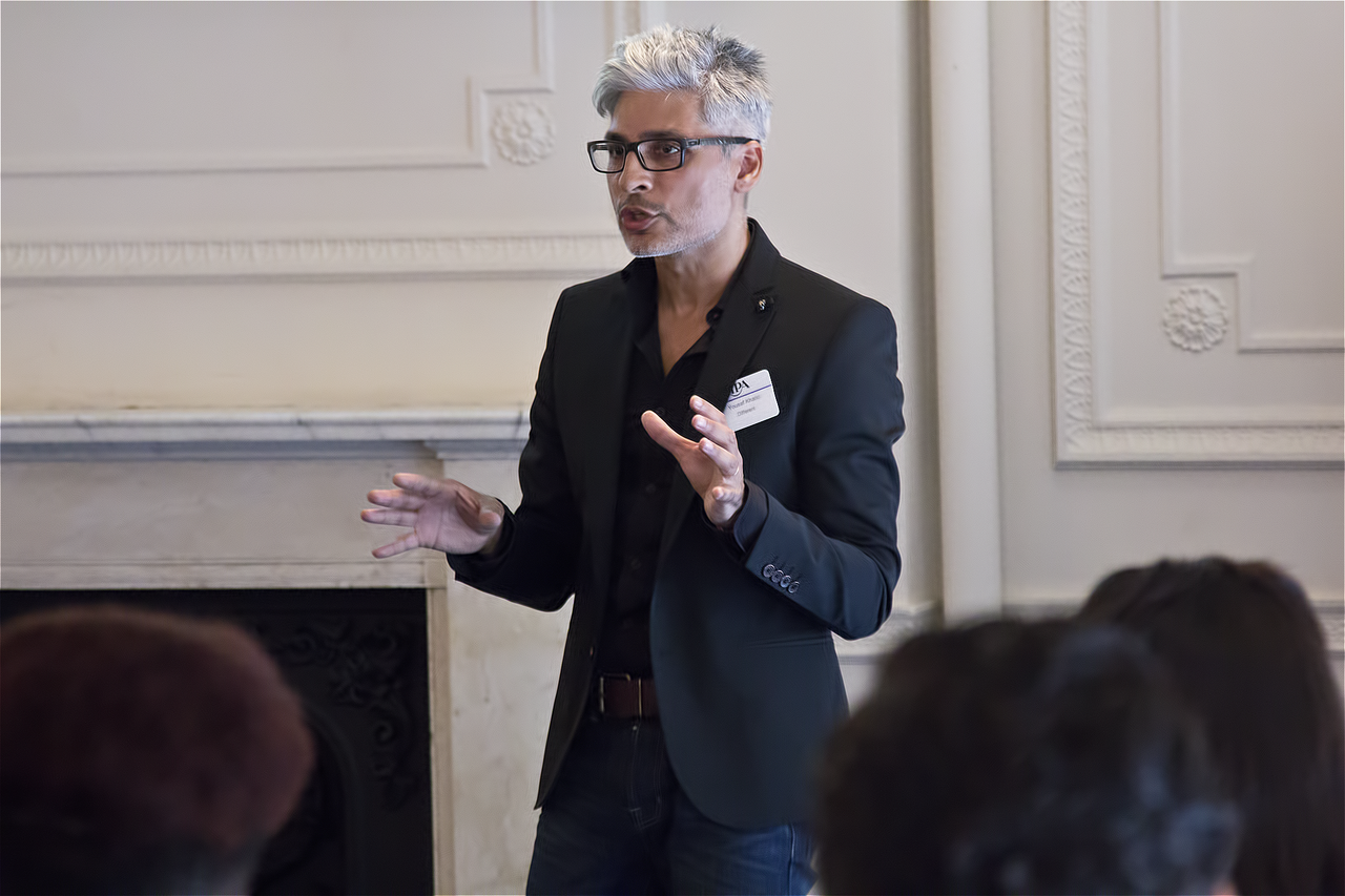 Yousaf Khalid speaking at an IPA/SEO London event
