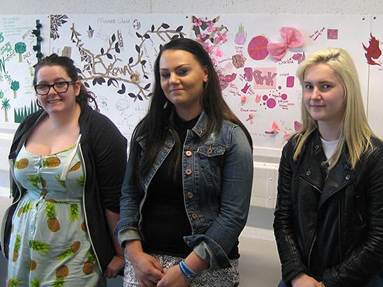 Team Pink: Katarzyna Kiwak, Courtenay Early, Lisa Niddrie