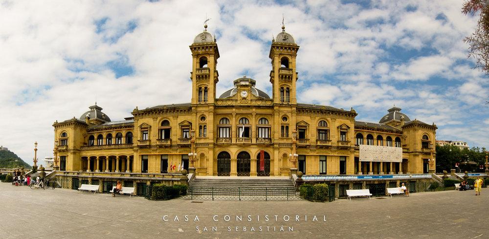 Casa_Consistorial_(Ayuntamiento)_de_San_Sebastián.jpg