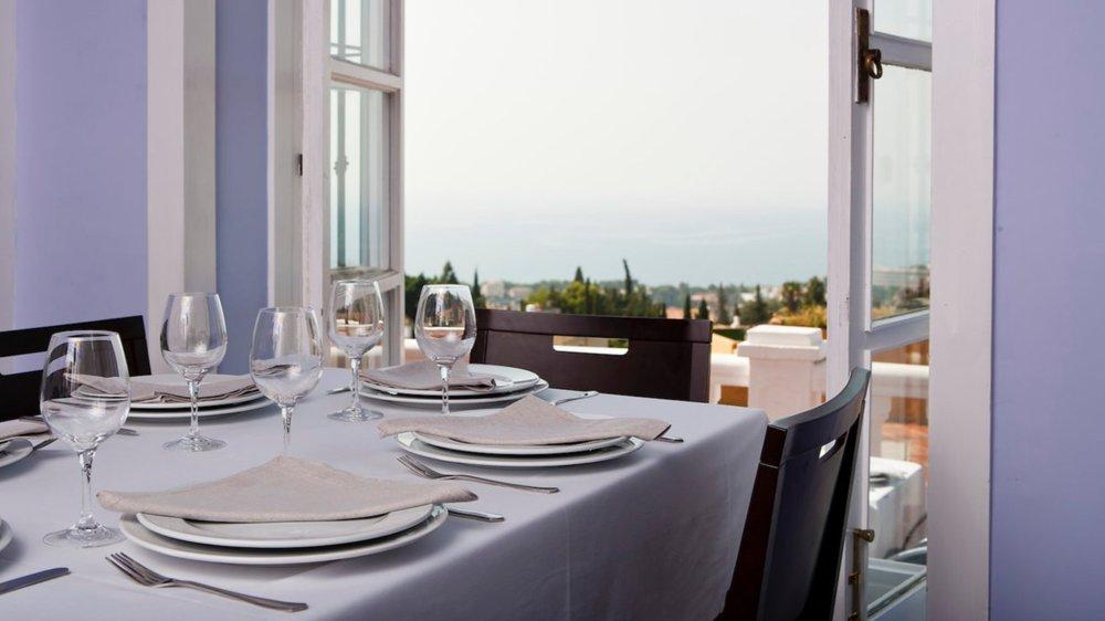 restaurante-refectorium-del-campanario-en-malaga-3-1440x810.jpeg