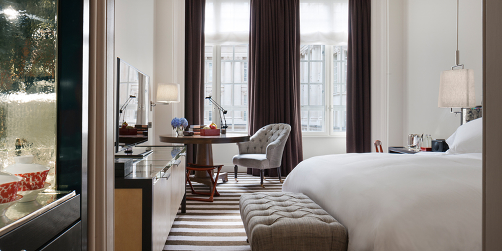 Rosewood London_Deluxe Room Detail Resized.jpg