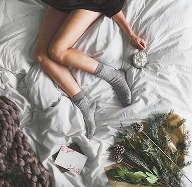"REGRAM #CoolBrand @evesleep: #sundaysanctuary with @allthatisshe on the #duvetbyeve ""My top tip on how to survive the winter, don't leave your bed. Simple, really 😉"" #DaysofHygge . . . . . #pursuepretty #makeyousmilestyle #petitejoys #livethelittlethings #nothingisordinary #finditliveit #thegoodlife #makeithappen #theeverygirl #peoplescreative #visualcrush #bloggervibes #flashesofdelight #livecolorfully #chasinglight #lifeofadventure #thatsdarling #darlingmovement"