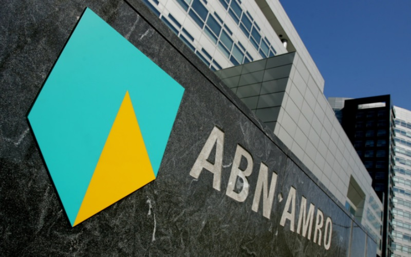 ABN AMRO Bank - How ABN reached Business Decision Makers across 8 industries in hyper-targeted Twitter campaigns.