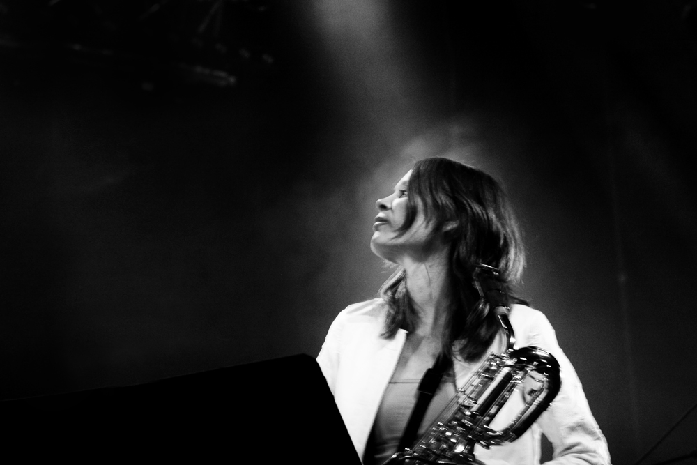 Céline Bonacina avec les Groove Retrievers de Julien Lourau. Photo : Nikola Cindric
