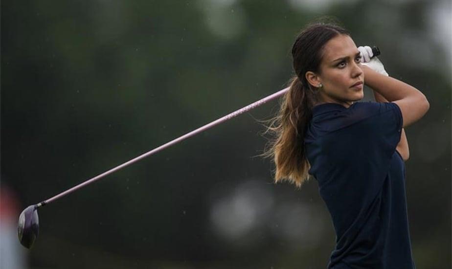 Jessica Alba golf.jpg