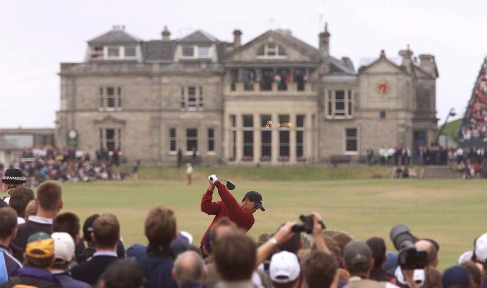 Tiger Woods 2000.jpg