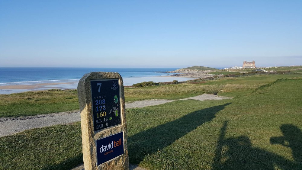 Nearly had a seizure going down this hole. Newquay Golf Club in Cornwall is an absolute treat though... definitely recommend it!