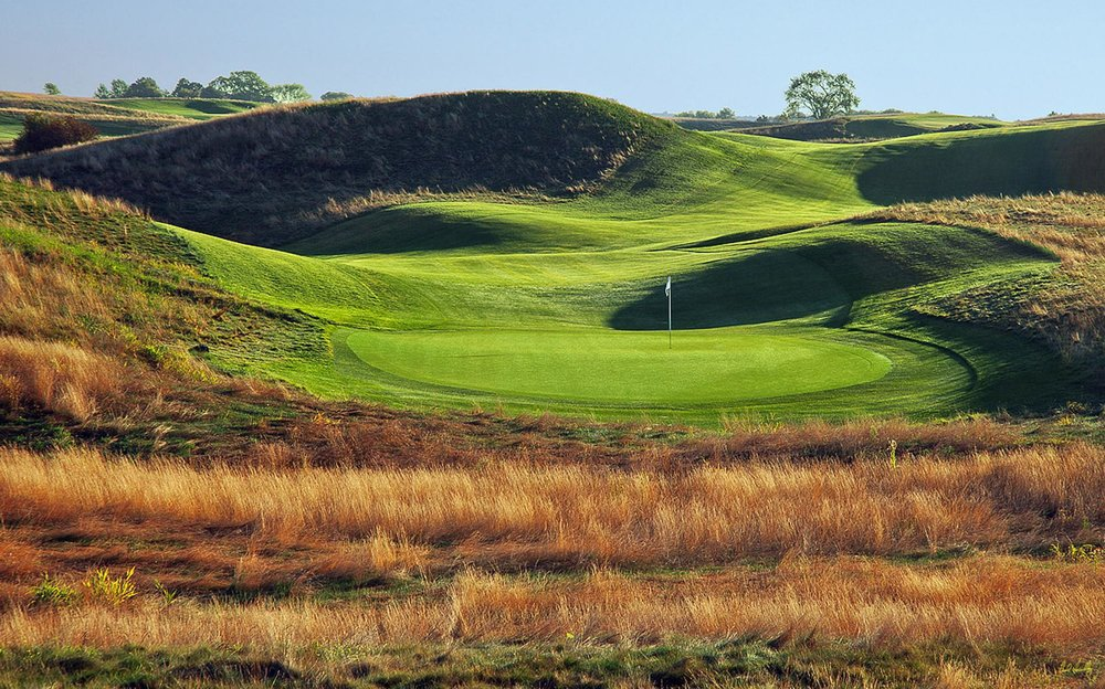 Erin Hills. Was a bit of a boring US Open but maybe that was the setup?