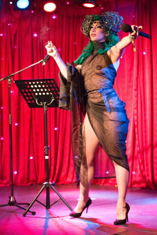 Cabaret Roulette - Metamorphosis - 01.jpg