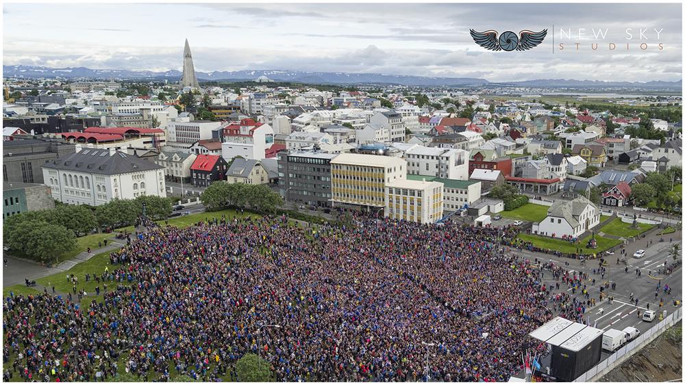 La foule islandaises réunis