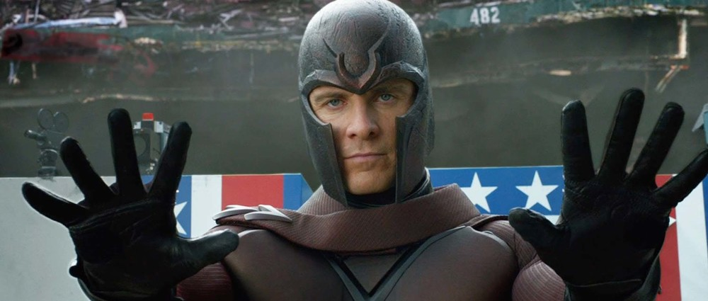 Magneto can't decide which side he's on. Image from foxmovies.com